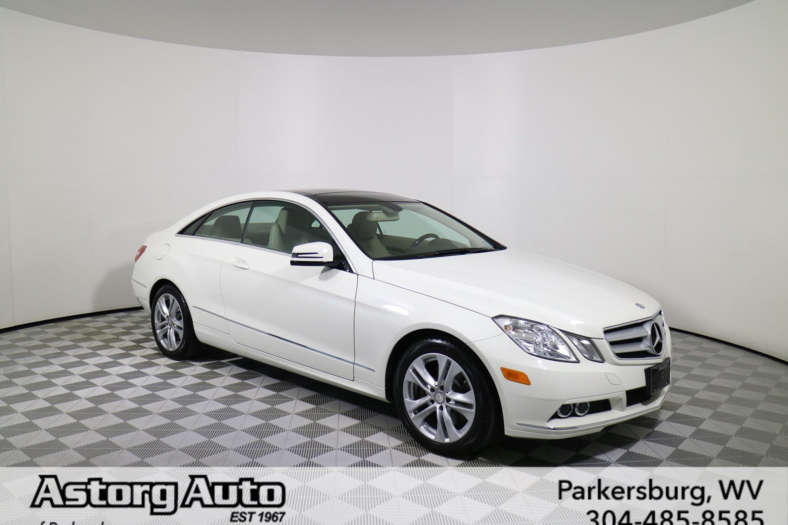 Pre owned 2010 mercedes benz e class e 350 coupe in for Pre owned e class mercedes benz
