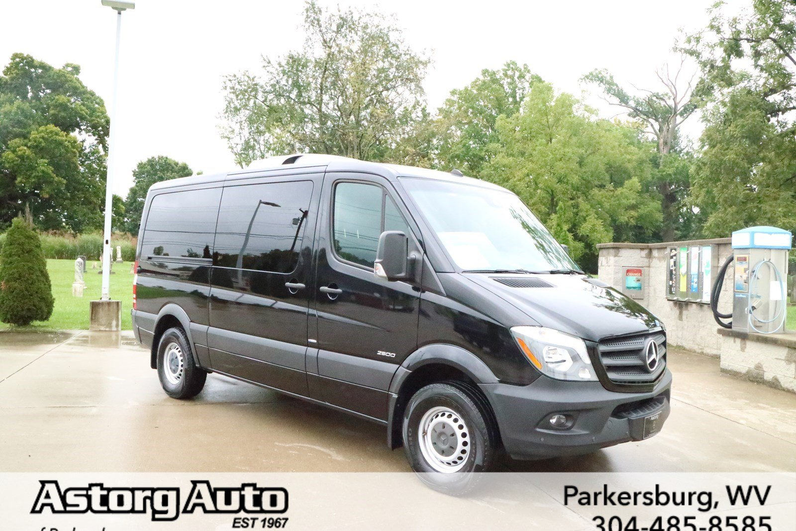 Certified pre owned 2015 mercedes benz sprinter 2500 for Mercedes benz 7 passenger